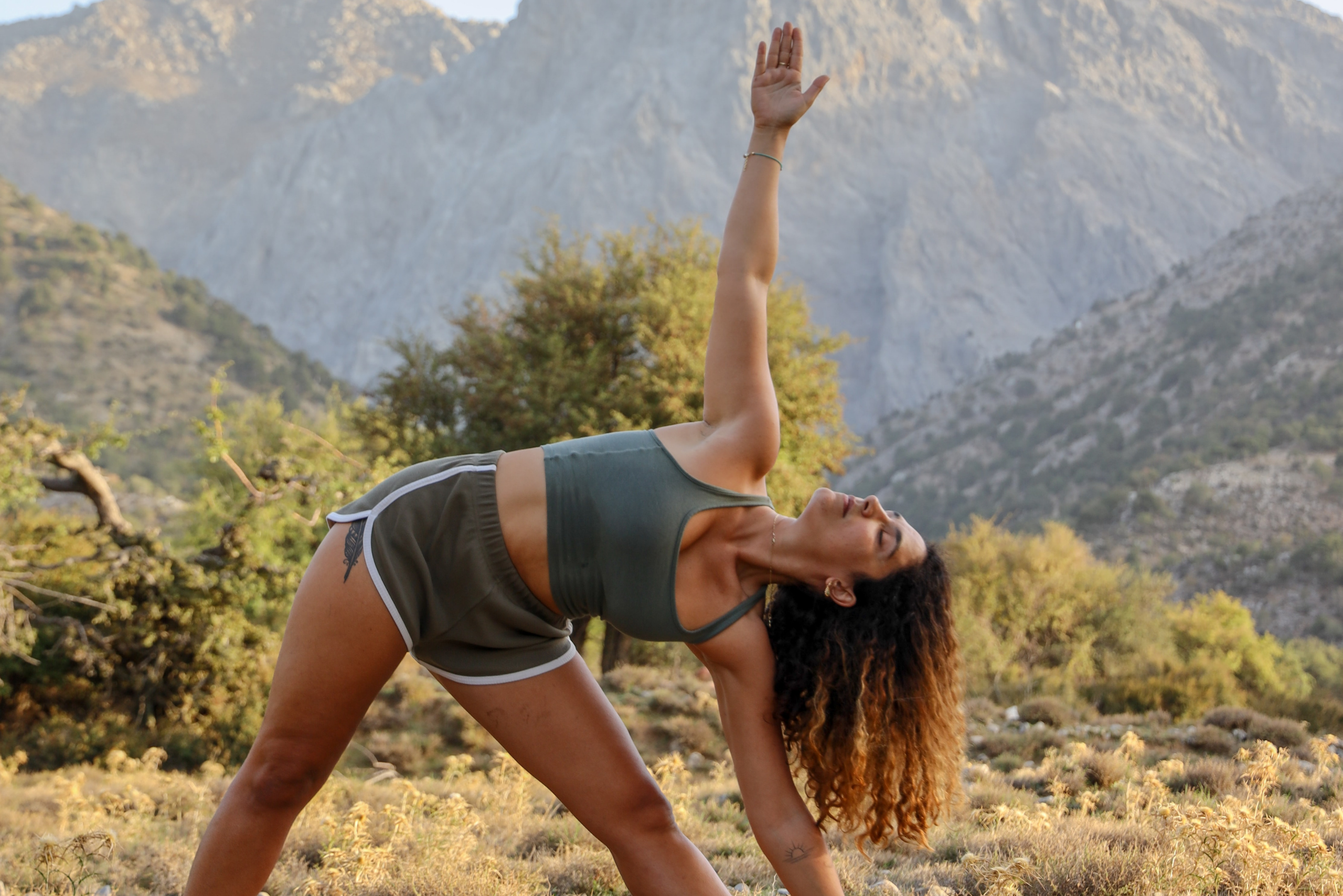 the function of side bends in Yoga